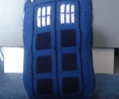 The Tardis - knitted