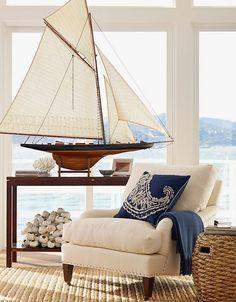 Beach House Decorating | Nautical Beach Home Interiors: Navy Blue | http://nauticalcottageblog.com