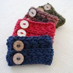 Star Stitch Wrist Cuff | AllFreeCrochet.com