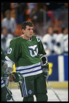 Ron Francis in the old Hartford Whalers uniform.