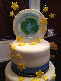 The #cheerleading worlds cake... one of the best edible creations ever! #Worlds2013 #Worlds2012