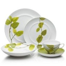 Mikasa Daylight Dinnerware. There's something about the leaves that's so nice. Retro 60s?    These are still lovely.
