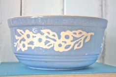 HaRKeR PoTTeRY BoWL  SHaBBY CHiC CouNTRY CoTTaGe DeCoR  by joonE, $22.00