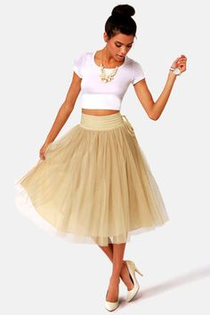Iono, I dig the skirt tutu skirts, doors, tull skirt, door beig, tulle skirts, beige dress outfit, beig tull, skirt lavand, lavand twirl