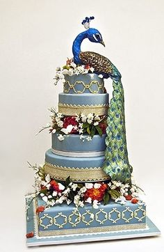 Breathtaking #peacock #wedding #cake by Ron Ben Israel