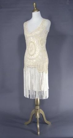 Roaring twenties party on pinterest flapper dresses for Roaring 20s wedding dress