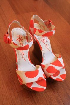 Two-Tone Wedge Shoes.