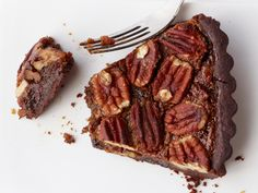 Chocolate-Toffee Pecan Tart Recipe : Food Network Kitchen : Food Network - FoodNetwork.com