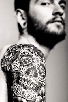 . mexican skulls, candy skulls, white tattoos, black white, handsome boys, ed hardy tattoo, shoulder tattoos, tattoo ink, sugar skull tattoos