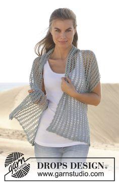 """Crochet DROPS shawl in """"Lace"""". ~ DROPS Design"""