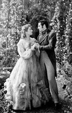 """Laurence Olivier with Greer Garson in """"Pride and Prejudice"""" (1940)"""