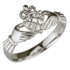 Sooo....I think that a $2056 Claddagh ring would make a pretty slammin' engagement ring. Just saying.
