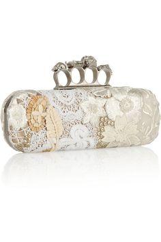 Alexander McQueen    #purse #bags #clutch #women #fashion #designer
