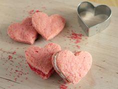 Valentine Heart Cookies - via Make & Takes