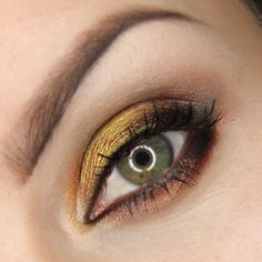 Beautiful brown and gold smokey eye by dzastina252 using the Makeup Geek Brown Sugar, Corrupt, Glamorous, Moondust, Pixie Dust, and Pretentious eyeshadows.