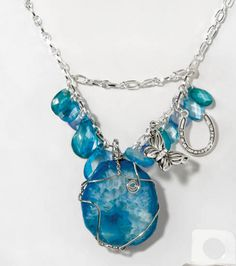 We love this wire-wrapped necklace! #jewelry #DIY