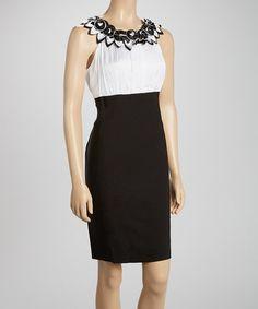 White & Black Rosette Sleeveless Dress