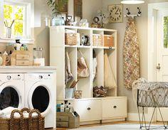 Love this laundry/mud room