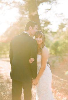 Romantic outdoor wedding portraits
