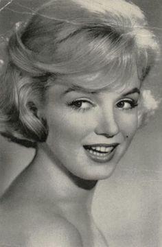 Marilyn Monroe  ღ♥Please feel free to repin