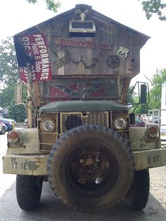Hillbilly Art Car