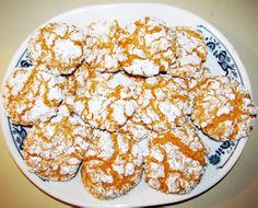 Cool Whip Crackle Cake Mix Cookies- only 4 ingredients.  Can't wait to make this especially after she said it tastes sorta like creamsicles when she used the orange supreme cake mix.  Yum-O!!!