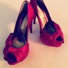 My red wedding shoes