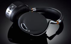 Parrot Ziks fulfill every requirement you might expect from a set of headphones -- and more.