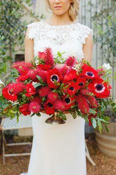 bouquet, bottl, centerpiec, red anemon, wedding ideas, layer cakes, red flowers, the dress, wedding flowers