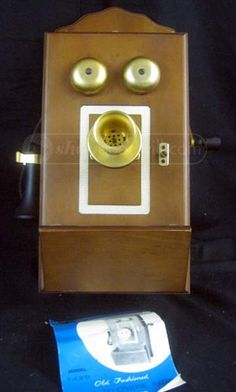 Vtg. Audition Old Fashioned Wall Telephone Radio