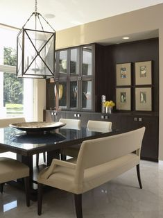 Square dining table and benches Twist Interior