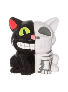 Creepy Cat Anatomy Salt Shakers at PLASTICLAND
