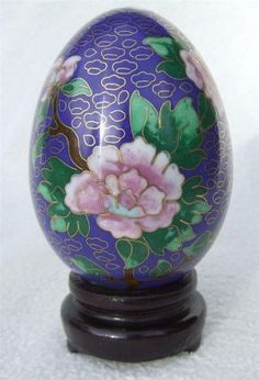Vintage C1960 - 70 ' S Chinese Cloisonne Enamel Egg Ornament On Stand