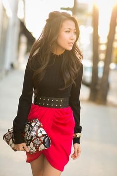 Love the red and black for a holiday outfit! draped skirt, drape skirt, holiday outfits, fashion outfits, bag, clutch, work outfits