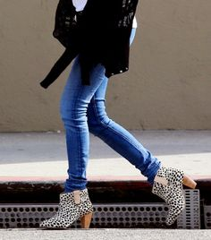 fun style, fashion styles, ankle boots, emma roberts, ankl boot, jeans, skinni jean, animal prints, shoe