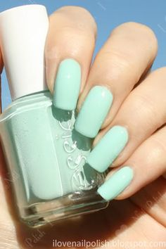 essies mint candy apple.