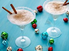 oh, yes!  Holiday drinks while decorating