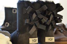 black uggs with bows. #fashion #bows #uggs