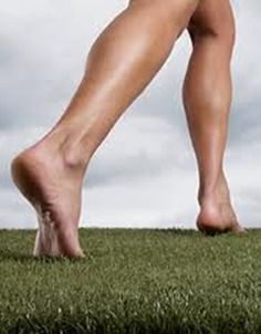 Minimalist proponents believe running without shoes will strengthen your feet, encourage proper running form, reduce injuries, and improve performance. Is there any evidence that barefoot running strengthens the feet? And if so, will this prevent injury? http://runnersconnect.net/running-injury-prevention/will-barefoot-running-strengthen-your-feet/
