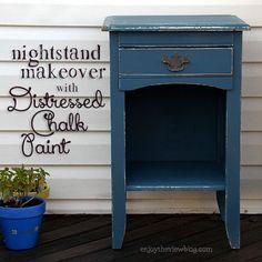 Distressed Chalk Paint Nightstand Makeover | enjoytheviewblog.com #chalkpaint #makeover #furniture #DIY