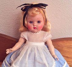"""VINTAGE VOGUE GINNY Doll, """"ALICE IN WONDERLAND""""(1951) FROLICKING FABLES"""