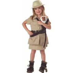 What does paleontologist wear