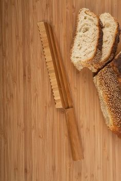 All-Bamboo Bread Slicer - Natural