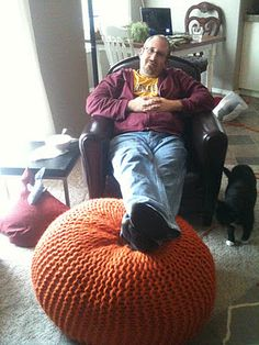 DIY - How to Make a Knitted Pouf Ottoman