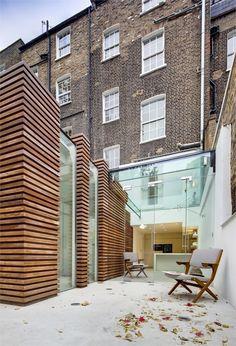 DUNCAN TERRACE, London, 2008 http://bit.ly/yPCpwX by http://www.archilovers.com/g113497/DOSarchitects #archilovers #architecture #design #interiors #terraces