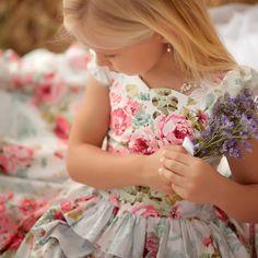 Love this flowered dress!