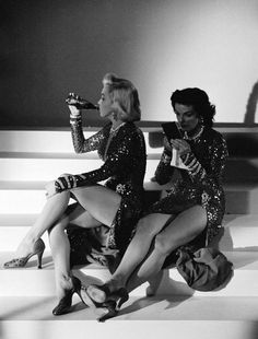 Marilyn Monroe and Jane Russell on the set of 'Gentlemen Prefer Blondes', 1953.