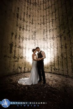 Congrats to Jessica & AJ!!  We love the pictures in the Barn silo.  Photo courtesy of Anthony Ziccardi Studios