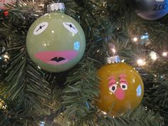 muppets ornaments. wish i had seen these before christmas!