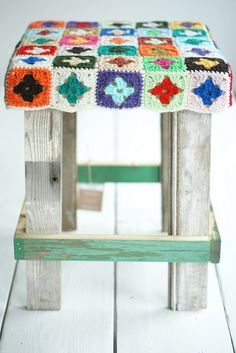 Crochet home decor on pinterest stools potholders and ganchillo Crochet home decor pinterest